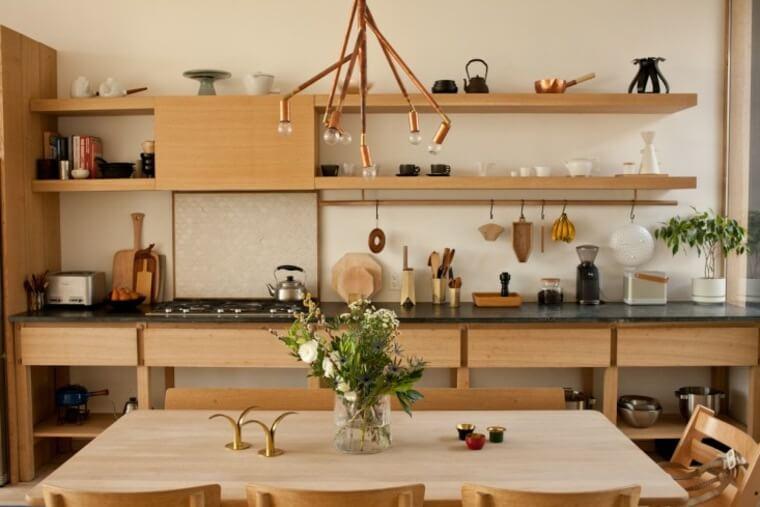 cuisine-industrielle-deco-zen-mobilier-bois