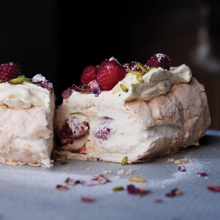 Idée dessert léger pour Noël roulade-meringue-creme