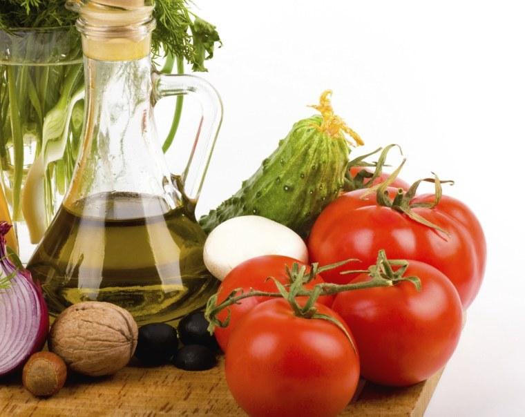 régime méditerranéen huile-olive-tomates