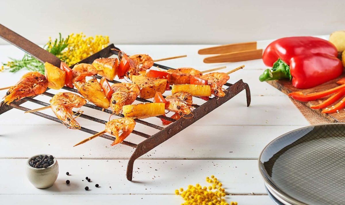 Brochettes de crevettes à l'ananas