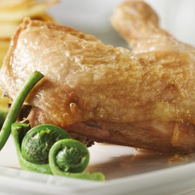 Cuisses de poulet à la vapeur de cèleri