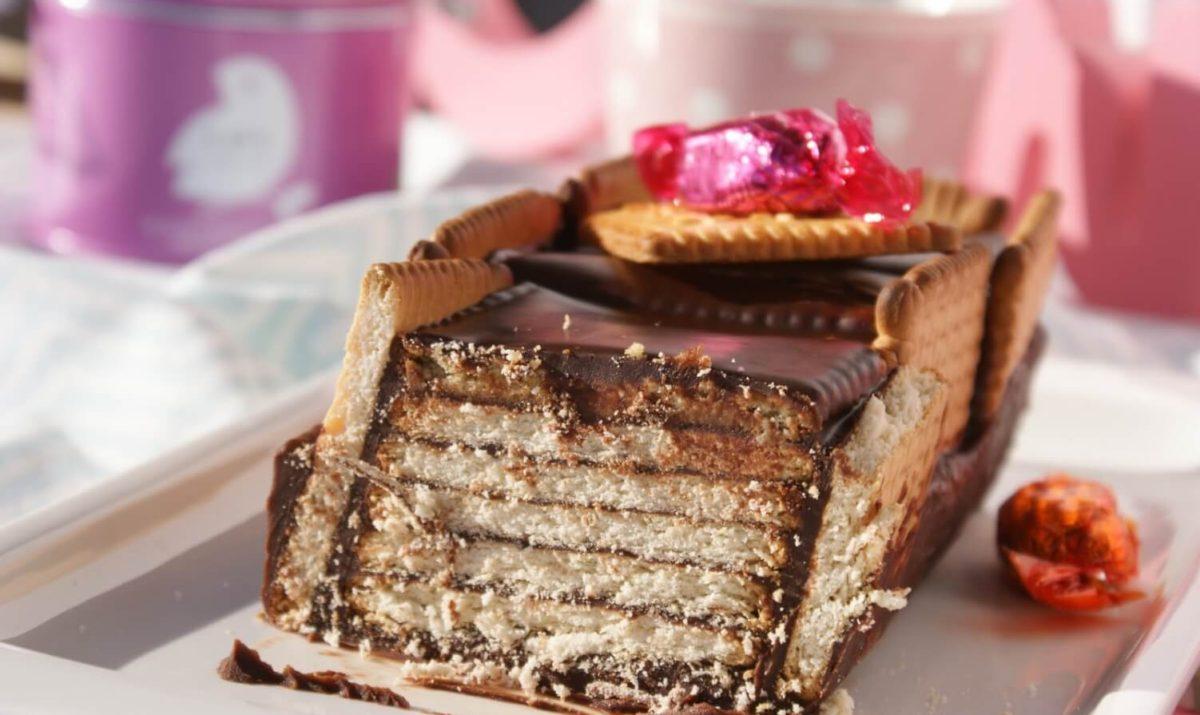 Recette Gâteau au chocolat et petit beurre - Recette AZ