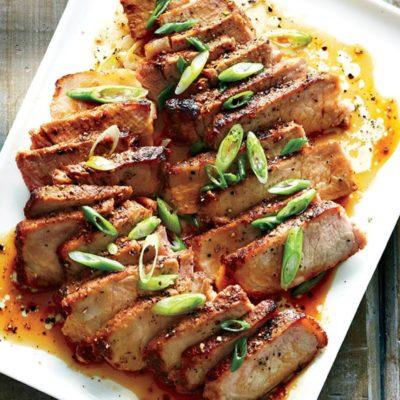 Côtelettes de porc au gingembre et à l'ail