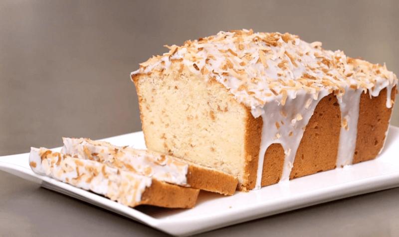 Gâteau en forme de pain de noix de coco